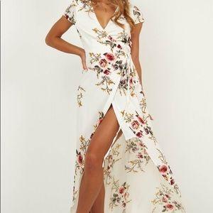 Floral wrap dress🌸
